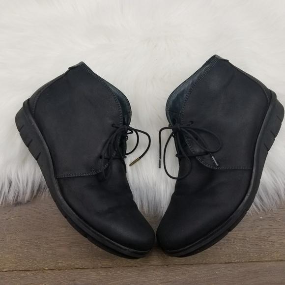 Dansko Womens Joy Ankle Bootie